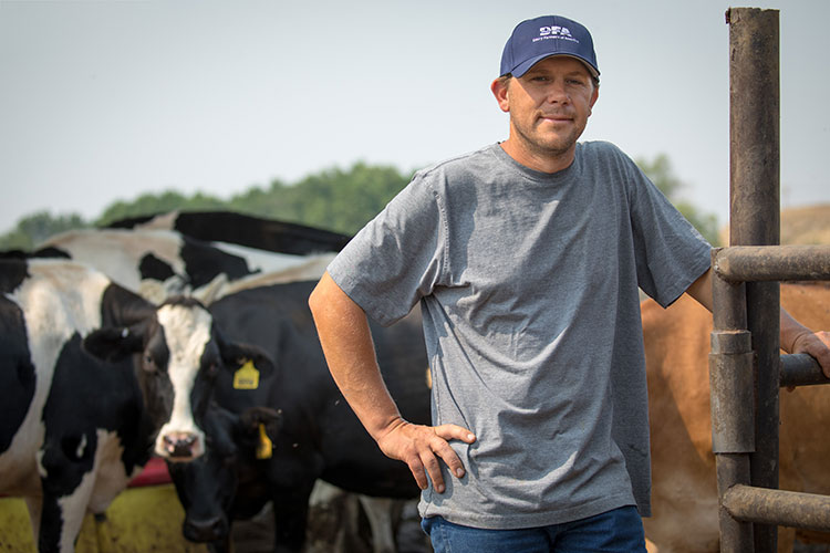About Dairy Farmers of America